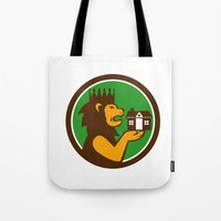 King Lion Holding House Circle Retro Tote Bag