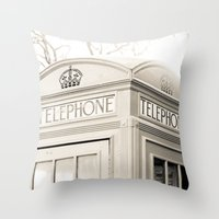 London Telephone Booth Throw Pillow