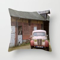 Camionette Throw Pillow