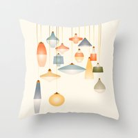 la belle lumière Throw Pillow