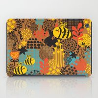 The bee. iPad Case