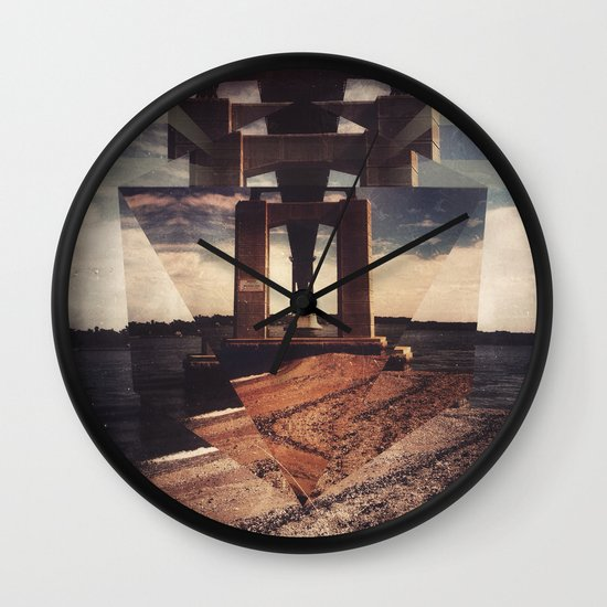 mnt hpe Wall Clock