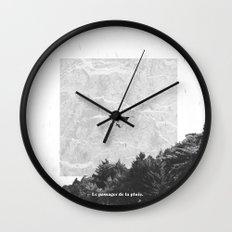Le Passager de la Pluie Wall Clock