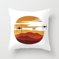 To the sunset Throw Pillow