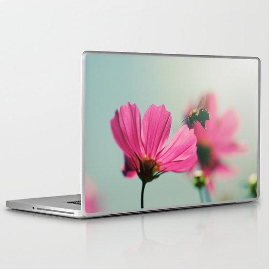 Sweet nectar Laptop & iPad Skin
