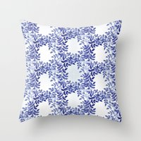 Delicate watercolor pattern with leaves Throw Pillow