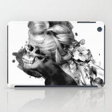 MOMENTO MORI XII iPad Case