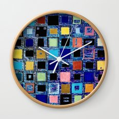 living in a box (global) 2. version Wall Clock