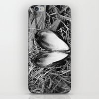 Loveheart Mussels iPhone & iPod Skin