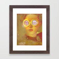 La fille de l'affiche Framed Art Print