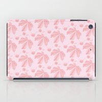 Horse Chestnut leaf and conker pale pink pattern iPad Case
