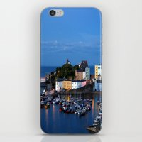 TENBY HARBOUR. PEMBROKES… iPhone & iPod Skin