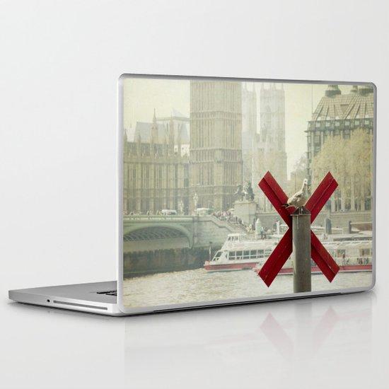 London Impressions Laptop & iPad Skin
