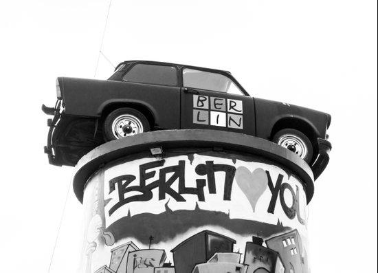 Love You Berlin Art Print