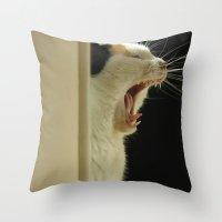 Roar! I'm a lion! Throw Pillow