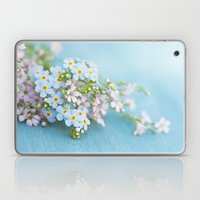 Unforgettable prettiness Laptop & iPad Skin