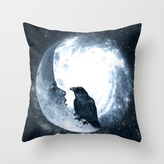 The crow and its Moon. (bcn art version) Throw Pillow