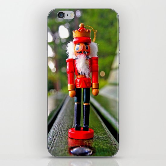 Park-bench Yuletide iPhone & iPod Skin