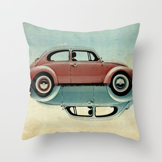 vw  ying and yang Throw Pillow
