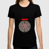 - En Ligne De Mire (Japa… Womens Fitted Tee Black SMALL