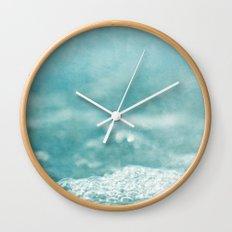 Ocean 2233 Wall Clock