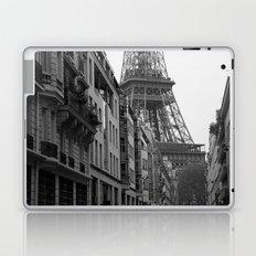 Et voilà la tour Laptop & iPad Skin