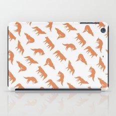 wild wolves pattern iPad Case