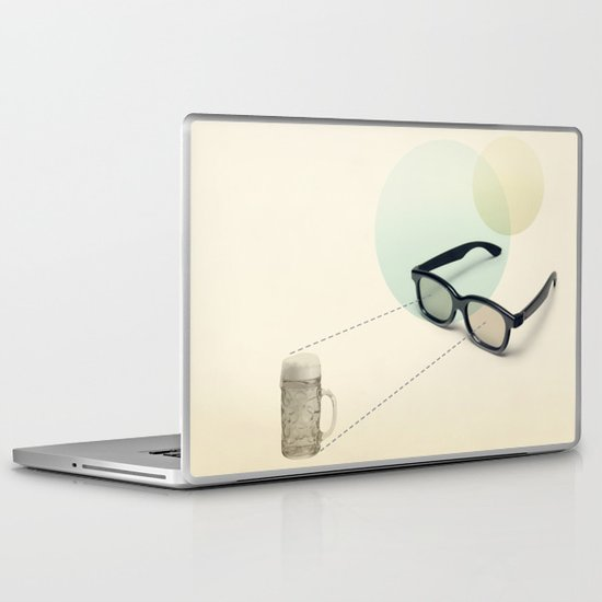 beer goggles Laptop & iPad Skin