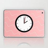 #33 Clock Laptop & iPad Skin