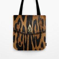 Tiger Clutch Tote Bag