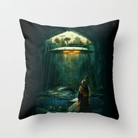 green layer Throw Pillow