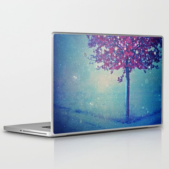 SONG OF THE WINTERBIRD Laptop & iPad Skin