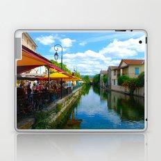 L'Isle-sur-la-Sorgue France River Cafe Laptop & iPad Skin