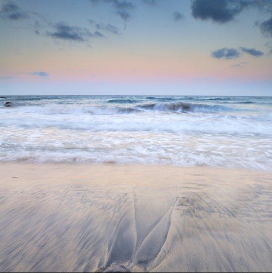 Pink waves ..... Art Print