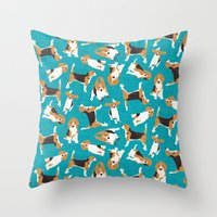 beagle scatter blue Throw Pillow