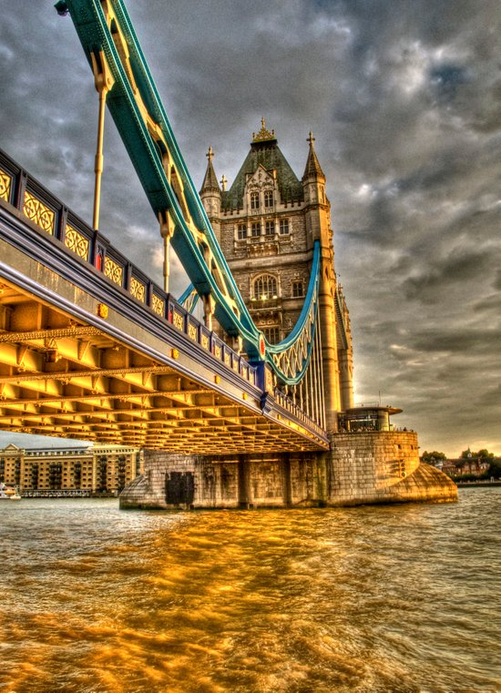 Sunset at Tower Bridge Art Print