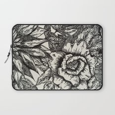 FREE HAND FLOWERS Laptop Sleeve