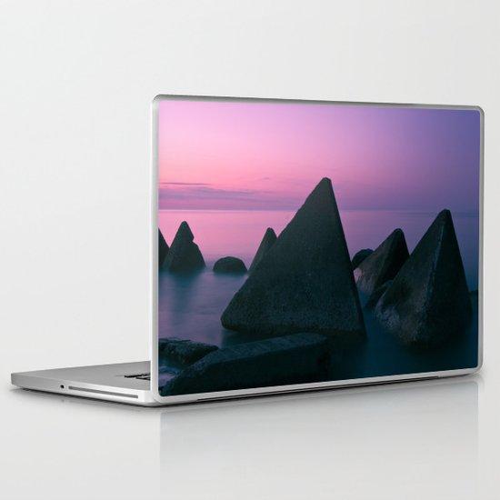 Ocean's Teeth Laptop & iPad Skin