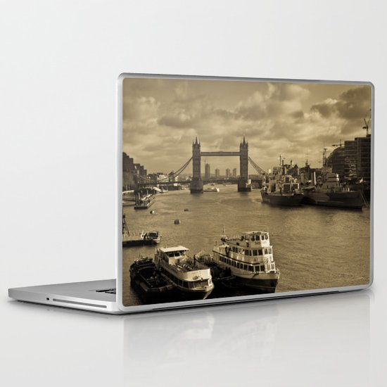 River Thames View Laptop & iPad Skin