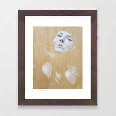 Tratando de salir Framed Art Print