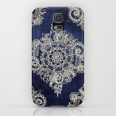 Cream Floral Moroccan Pattern on Deep Indigo Ink Galaxy S5 Slim Case