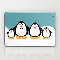 NGWINI - penguin family v4 Laptop & iPad Skin