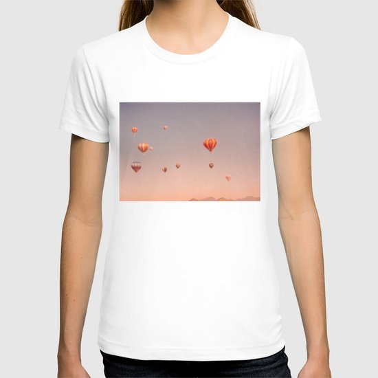 vintage hot air balloons in rio T-shirt