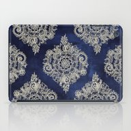 Cream Floral Moroccan Pa… iPad Case