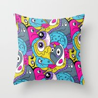 Idiot Bird Pattern Throw Pillow