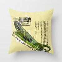 WHY DOES MY HEART DOESN' T BEAT? Throw Pillow