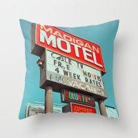 Motel nostalgia Throw Pillow