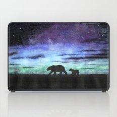 Aurora borealis and polar bears (black version) iPad Case