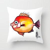 Pesce rosso Throw Pillow