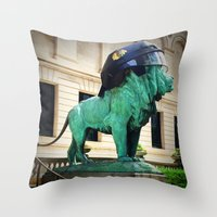 Blackhawks Helmet Sculpture Photo Throw Pillow
